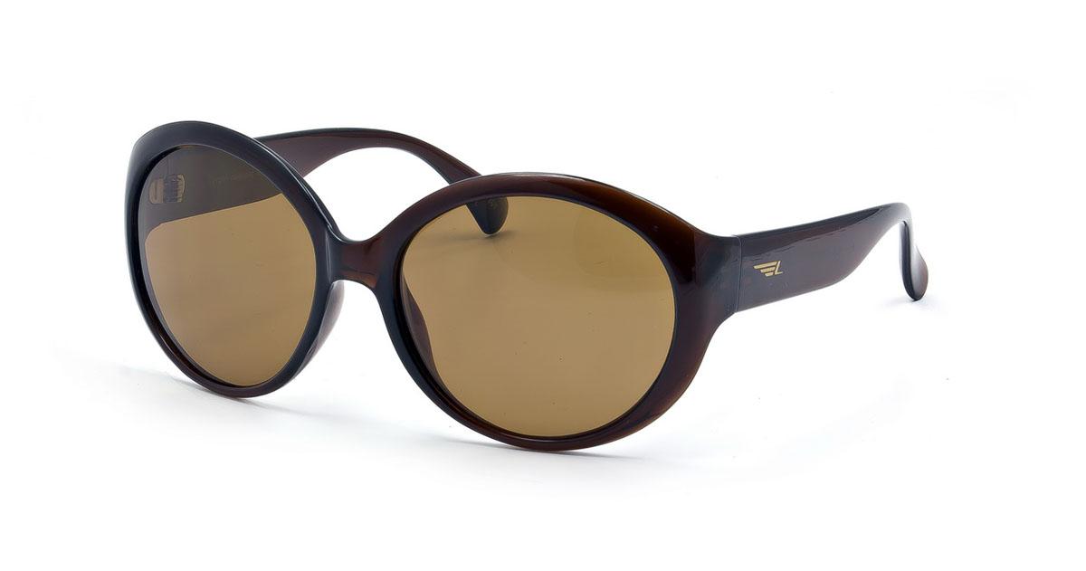 Очки женские поляризационные Legna, цвет: коричневый. S7215BS7215BСтильные солнцезащитные очки Legna сделают приятной прогулку в жаркий солнечный полдень. Их также по достоинству оценят водители, так как эта модель очков оснащена уникальными поляризационными линзами, которые задерживают раздражающие блики, что гарантирует полный зрительный комфорт и, как результат, повышенную безопасность. Высокоэффективный встроенный УФ фильтр обеспечивает совершенную защиту от вредных ультрафиолетовых лучей Кроме того, это эффектный аксессуар, который наверняка станет «изюминкой» вашего индивидуального стиля. Оправа не только красивая, но и прочная, а линзы со временем не покроются мелкими царапинами. Чистка и обслуживание: Вымыть теплой водой, вытереть мягкой сухой салфеткой. Условия хранения: в футляре при нормальных климатических условиях. Предупреждение: Не использовать в солярии, не смотреть на прямые солнечные лучи, не использовать при управлении автомобилем в сумерках и ночью.
