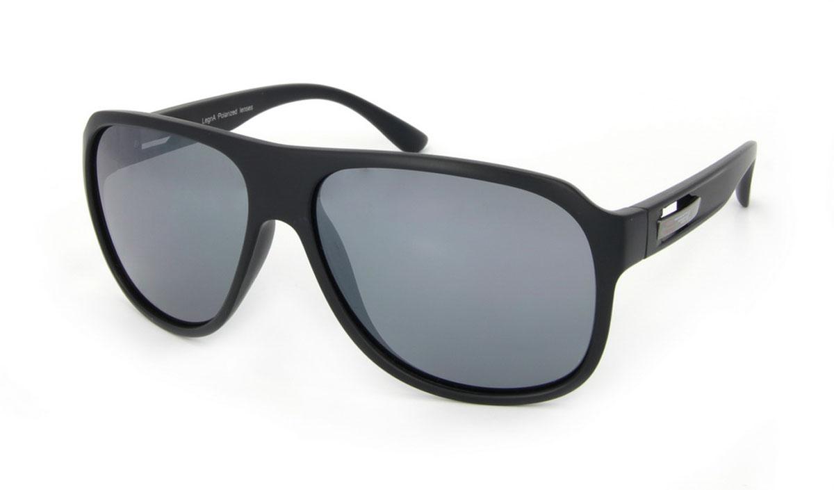 Очки поляризационные Legna, цвет: черный. S8500BS8500BСтильные солнцезащитные очки Legna сделают приятной прогулку в жаркий солнечный полдень. Их также по достоинству оценят водители, так как эта модель очков оснащена уникальными поляризационными линзами, которые задерживают раздражающие блики, что гарантирует полный зрительный комфорт и, как результат, повышенную безопасность. Высокоэффективный встроенный УФ фильтр обеспечивает совершенную защиту от вредных ультрафиолетовых лучей Кроме того, это эффектный аксессуар, который наверняка станет «изюминкой» вашего индивидуального стиля. Оправа не только красивая, но и прочная, а линзы со временем не покроются мелкими царапинами. Чистка и обслуживание: Вымыть теплой водой, вытереть мягкой сухой салфеткой. Условия хранения: в футляре при нормальных климатических условиях. Предупреждение: Не использовать в солярии, не смотреть на прямые солнечные лучи, не использовать при управлении автомобилем в сумерках и ночью.