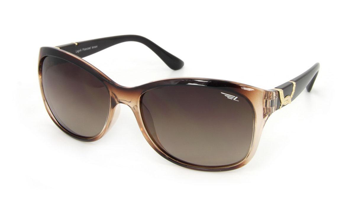 Legna очки поляризационные S8505BS8505BСолнцезащитные очки LEGNA с поляризационными линзами превосходно предохраняют глаза от любого рода вредных бликов и УФ-лучей, что делает вождение безопасным и комфортным. Также очки LEGNA ничем не уступают самым известным маркам и брендам в эстетической части. Благодаря линзам премиум класса очки LEGNA прекрасно подходят для повседневной носки, занятий спортом, отдыха и конечно для использования за рулем.