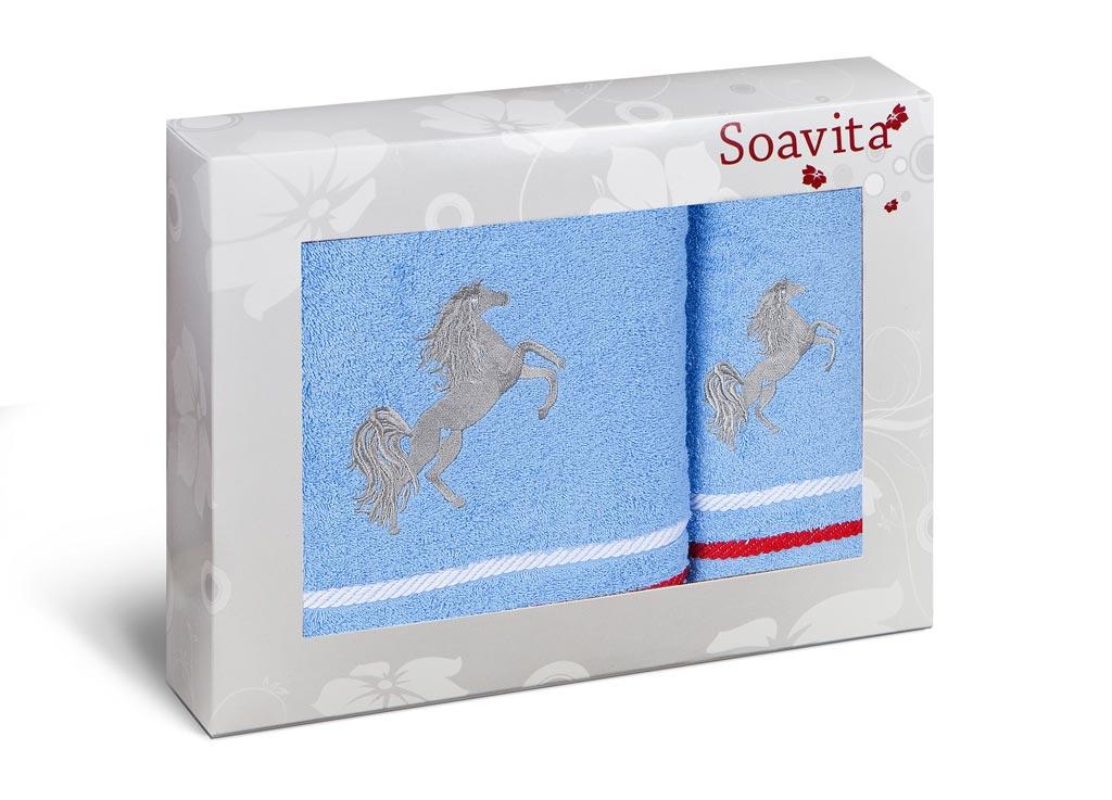 Комплект махровых полотенец Soavita Лошадка, цвет: голубой, 2 шт74651Комплект полотенец сделан из жаккарда - самой красивой ткани из хлопка. Жаккардовая ткань имеет сложную структуру плетения (вертикальный и горизонтальный повтор рисунка). Поэтому такие полотенца отличаются высокой плотностью, износостойкостью и при этом необычайной нежностью. Полотенца из жаккарда - это лучший выбор продукции из хлопка! Soavita – это популярный бренд домашнего текстиля. Дизайнерская студия этой фирмы находится во Флоренции, Италия. Производство перенесено в Китай, чтобы сделать продукцию более доступной для покупателей. Таким образом, вы имеете возможность покупать продукцию европейского качества совсем не дорого. Домашний текстиль прослужит вам долго: все детали качественно прошиты, ткани очень плотные, рисунок наносится безопасными для здоровья красителями, не линяет и держится много лет. Все изделия упакованы в подарочные упаковки.