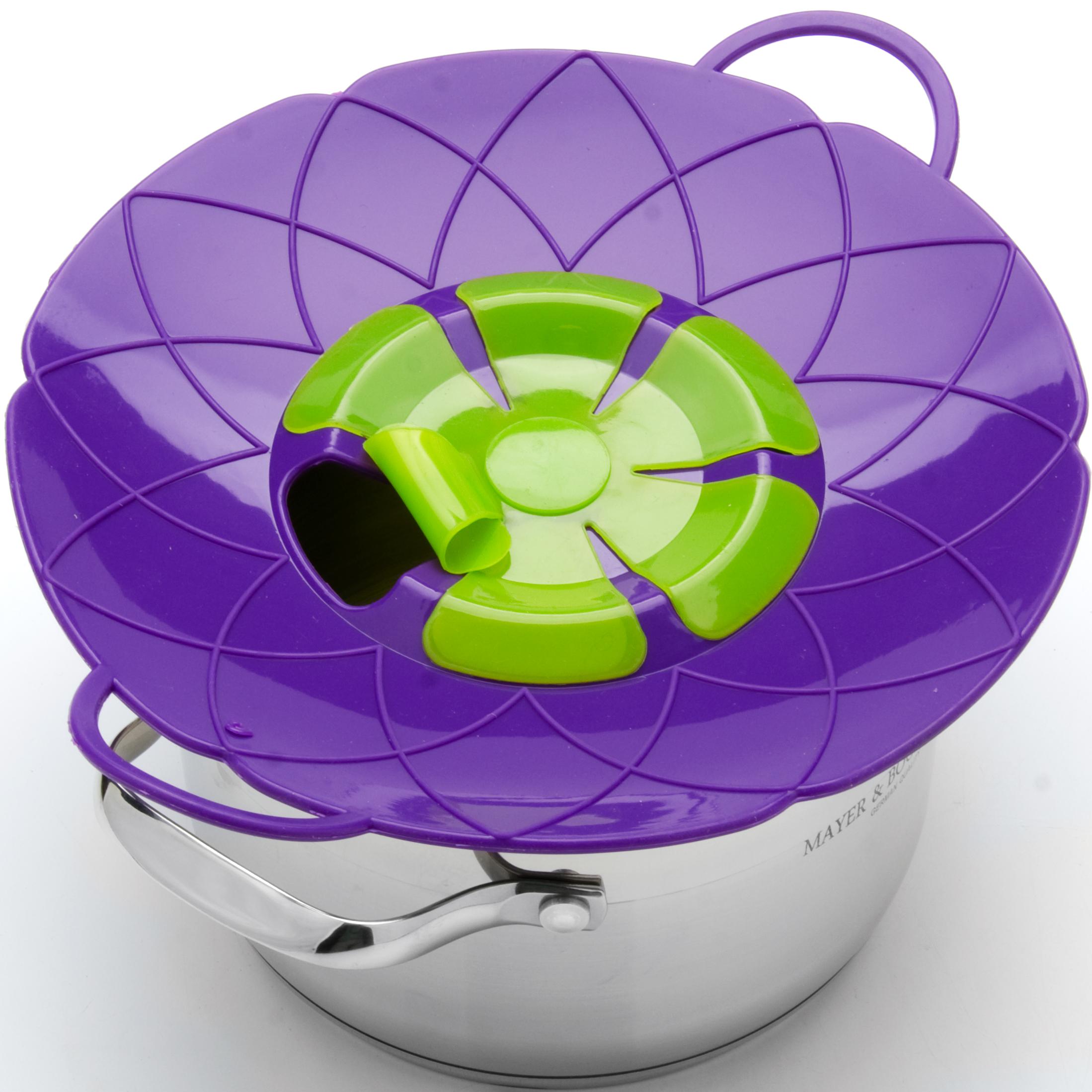Крышка-невыкипайка Mayer & Boch, цвет: фиолетовый, зеленый, диаметр 25 см24256-4Силиконовая крышка 2 в 1 (невыкипайка и пароварка) изготовлена из силикона высокого качества. Не теряет форму от высоких температур. Крышка-невыкипайка предотвращает выкипание и брызги. Ваша кухня всегда будет в чистоте. Изделие значительно облегчит приготовление пищи. Вы даже можете оставлять без присмотра готовящуюся пищу. При хранение в прохладных местах - крышка обеспечит свежесть продуктов. При использовании крышки в микроволновой печи, масло не разбрызгивается. Можете готовить овощи и морепродукты на пару. Пища, приготовленная на пару вкусная и полезная.