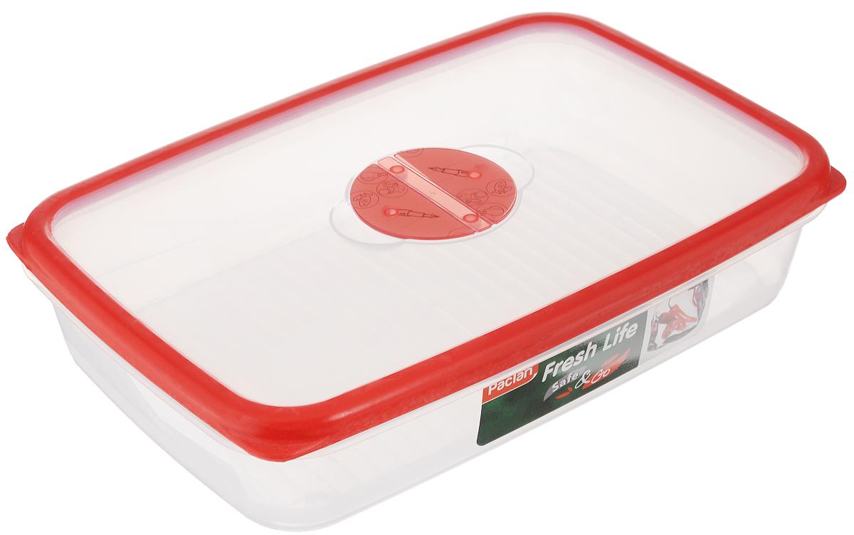 Контейнер для хранения продуктов Paclan Fresh Life, 2 л414031Контейнер Paclan Fresh Life, изготовленный из высококачественного полипропилена, предназначен для хранения, заморозки и разогрева продуктов. Герметичная крышка, снабженная уплотнительной резинкой, надежно закрывается. Можно мыть в посудомоечной машине. Подходит для использования в микроволновой печи, холодильнике и морозильной камере.