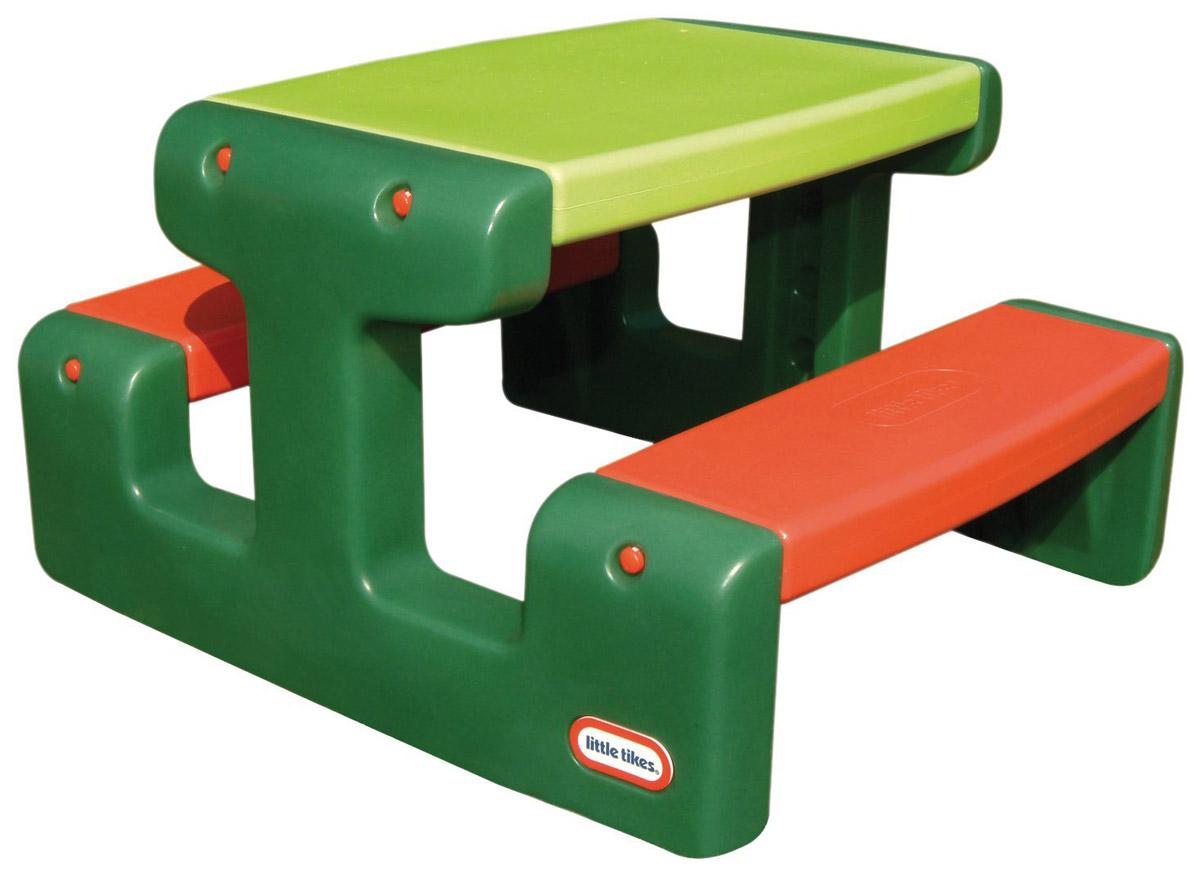 Little Tikes Стол для пикника цвет зеленый красный479AБольшой стол для пикника с лавочками Little Tikes выполнен из высококачественного пластика. Две скамеечки расположены друг напротив друга, с обеих сторон стола. Конструкция прочно соединена, что оберегает от случайных падений скамеек и столешницы. Всего за столом может поместиться 4 малыша. Столик легко собирать, разбирать, хранить и чистить. Выполнен в ярких тонах - такой столик будет отлично смотреться на любой лужайке! У изделия отсутствуют острые углы, что делает его безопасным для маленьких детишек.