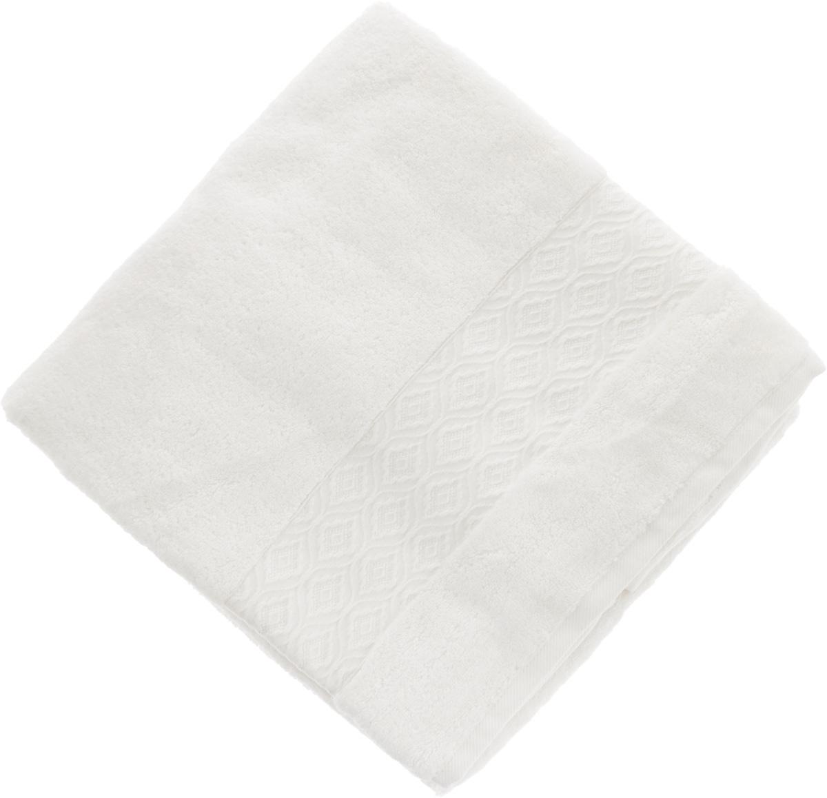 Полотенце Issimo Home Delphine, цвет: белый, 90 x 150 см4714Полотенце Issimo Home Delphine выполнено из модала и хлопка. Такое полотенце обладает уникальными свойствами и характеристиками. Необычайная мягкость модала и шелковистый блеск делают изделие приятными на ощупь и практичными в использовании. Моментально впитывает влагу, сохраняет невесомость даже в мокром виде, быстро сохнет. Полотенце декорировано жаккардовым узором.