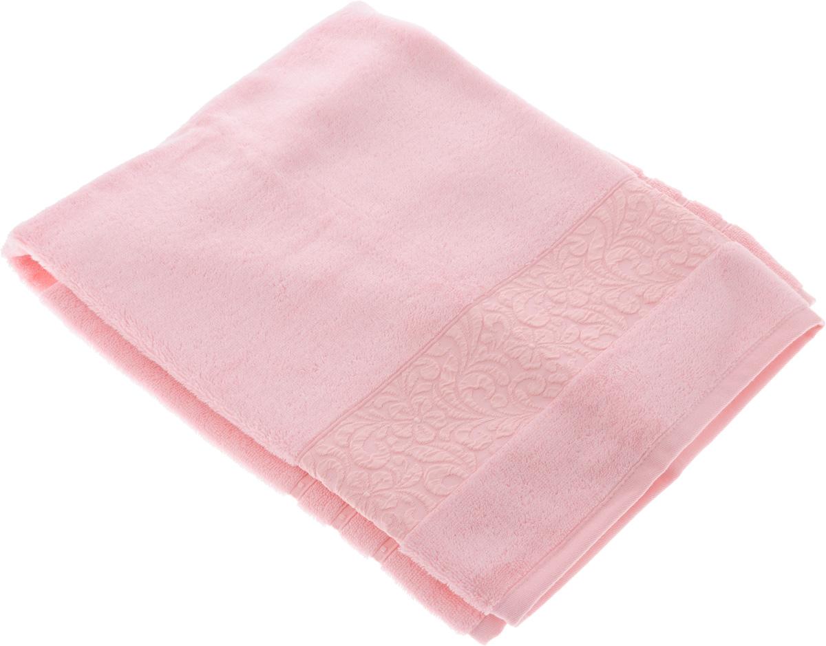 Полотенце бамбуковое Issimo Home Valencia, цвет: розовый, 90 x 150 см4778Полотенце Issimo Home Valencia выполнено из 60% бамбукового волокна и 40% хлопка. Таким полотенцем не нужно вытираться - только коснитесь кожи - и ткань сама все впитает. Такая ткань впитывает в 3 раза лучше, чем хлопок. Несмотря на высокую плотность, полотенце быстро сохнет, остается легкими даже при намокании. Изделие имеет красивый жаккардовый бордюр, оформленный цветочным орнаментом. Благородные, классические тона создадут уют и подчеркнут лучшие качества махровой ткани, а сочные, яркие, летние оттенки создадут ощущение праздника и наполнят дом энергией. Красивая, стильная упаковка этого полотенца делает его уже готовым подарком к любому случаю.