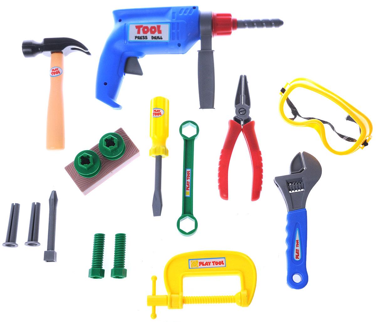 Altacto Игровой набор инструментов ПрофиALT0202-019Игровой набор инструментов Altacto Профи станет отличным подарком для маленького мастера. В наборе имеется все, что может пригодиться юному строителю: инерционная дрель с дополнительной рукояткой, разводной ключ, гаечный ключ, струбцина, молоток, отвертка, пассатижи, защитные очки, скобяные изделия. Все инструменты упакованы в пластиковый ящик, ручка которого одновременно является строительной линейкой. Малыш сможет отремонтировать игрушки и устранить все неисправности в доме, помогая папе. Игры с этим набором способствуют развитию воображения и познавательного мышления. Все изделия набора изготовлены из нетоксичного и качественного материала.
