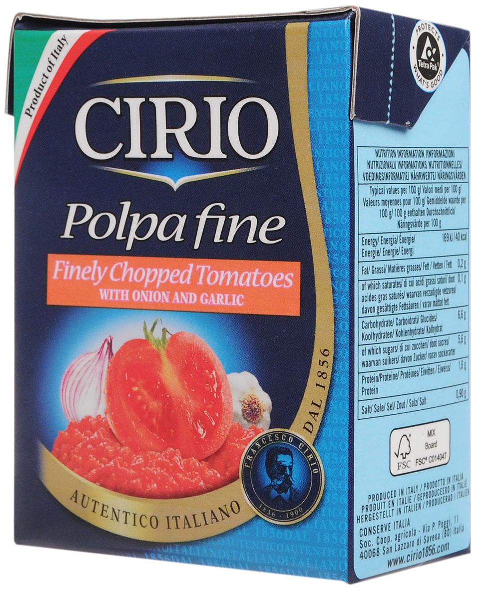 Cirio Chopped Tomatoes With Onion & Garlic томаты резаные очищенные с луком и чесноком, 390 г0470046Cirio Chopped Tomatoes Peperoncino - очищенные и мелко нарезанные на кусочки томаты с добавлением лука и чеснока. Идеально подходят в качестве заправки для макаронных изделий.