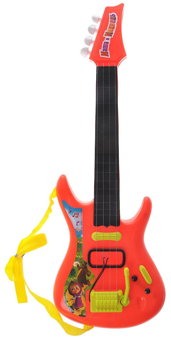 Играем вместе Гитара Маша и Медведь цвет красныйJ092-H29085-R2_красныйЭлектрогитара Играем вместе Маша и Медведь непременно понравится вашему ребенку и не позволит ему скучать. Она выполнена из прочного пластика с 4 металлическими струнами. Данное изделие сможет стать первым музыкальным инструментом юного композитора или рок-певца. Игрушка снабжена текстильным ремнем для более удобной игры. Электрогитара Играем вместе Маша и Медведь поможет ребенку развить звуковое восприятие, музыкальный слух, мелкую моторику рук и координацию движений. С такой игрушкой ваш ребенок порадует вас замечательным концертом!