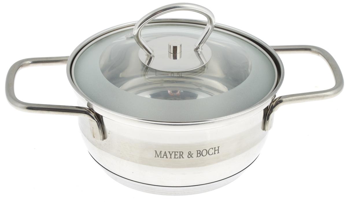Кастрюля Mayer & Boch с крышкой, 1 л. 2540525405Кастрюля Mayer & Boch изготовлена из высококачественной нержавеющей стали. Комбинация матовой и зеркальной полировки внешнего покрытия придает изделию особо эстетичный и стильный вид. Изделие предназначено для здорового и экологичного приготовления пищи. Внутренняя гладкая поверхность легко чистится - можно мыть в воде руками или протирать полотенцем. Кастрюля имеет трехслойное капсульное дно, которое обеспечивает быстрый подогрев пищи, а также сохранит тепло. Кастрюля оснащена двумя удобными ручками. Крышка из термостойкого стекла снабжена металлическим ободом, удобной ручкой и отверстием для выпуска пара. Такая крышка позволяет следить за процессом приготовления пищи без потери тепла. Она плотно прилегает к краю кастрюли, сохраняя аромат блюд. Внутренние стенки кастрюли имеют отметки литража. Подходит для всех типов плит, включая индукционные. Не предназначена для СВЧ-печей. Можно мыть в посудомоечной машине. Подходит для...