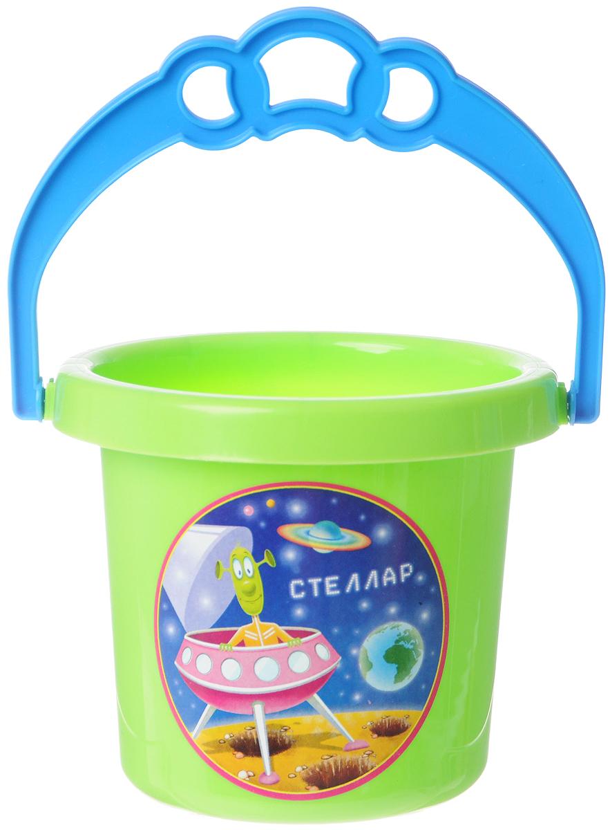 Stellar Ведро цвет салатовый 0,8 л1219_салатовыйДетское ведерко Stellar привлечет внимание вашего ребенка и станет незаменимым аксессуаром его игр в песочнице. Ведро выполнено из безопасного пластика и декорировано наклейкой с ярким рисунком. С помощью него ребенок сможет переносить песок и воду, лепить замки и многое другое. С таким ведерком игры на свежем воздухе принесут вашему малышу одно удовольствие! Объем ведра: 0,8 л.