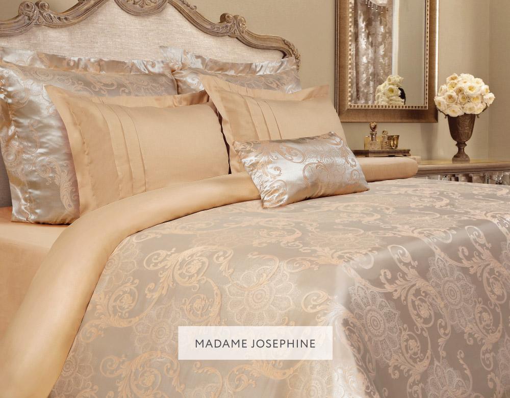Комплект белья Mona Liza Madam Josephine, евро, наволочки 50x70 и 70х705539/17Комплект постельного белья Mona Liza Madam Josephine выполнен из комбинации сатина и натуральной вискозы. Данный состав придает ткани шелковистость, прочность и гидроскопичность, по своим качествам, в том числе визуальным, не уступает шелку. Комплект состоит из пододеяльника, простыни и четырех наволочек. Изделия оформлены благородным орнаментом. Пододеяльник на пуговицах. Элегантный стиль, несравненное качество, изысканный рельефный рисунок и приятные оттенки придают постельному белью богатый и утонченный вид.