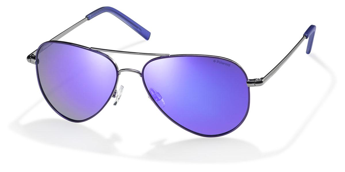 Очки поляризационные Polaroid, цвет: фиолетовый. PLD6012.S.R4B.MFPLD6012.S.R4B.MFПри отражении солнечного света от горизонтальной поверхности – такой, как дорога или вода – часто получается сконцентрированный горизонтально поляризованный свет. Такое явление называется блик. Вертикально поляризованный свет полезен для человеческого глаза. Блики же могут существенно влиять на зрение: ослепляют, ухудшают зрение, снижают его остроту и вызывают раздражение. Поляризованные солнцезащитные очки Polaroid блокируют блики и обеспечивают защиту от ультрафиолета, благодаря им вы сможете видеть лучше и в то же время защищать глаза от вредного излучения. В них используются эксклюзивные линзы UltraSight™, произведенные с использованием инновационной технологии Thermofusion™. Эти высококачественные линзы состоят из девяти слоев для обеспечения полной защиты ваших глаз и возможности видеть все без искажений. Кроме того, это эффектный аксессуар, который наверняка станет изюминкой  вашего индивидуального стиля. Оправа не только красивая, но и прочная, а линзы со временем...