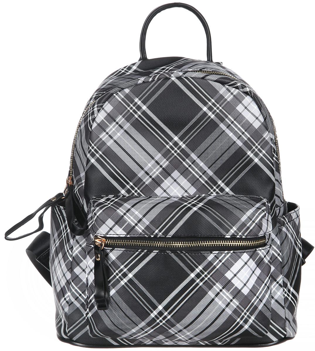 Рюкзак женский Orsa Oro, цвет: черный, белый, серый. D-235/45D-235/45Стильный женский рюкзак Orsa Oro выполнен из экокожи. Рюкзак имеет одно основное отделение, которое закрывается на замок-молнию. Внутри два накладных кармана для телефона и мелких принадлежностей, а также врезной карман на молнии. Снаружи на передней части рюкзака размещен объемный накладной карман на молнии. По бокам расположены небольшие открытые накладные кармашки. Снаружи, на спинке рюкзака размещен врезной карман на молнии. Рюкзак оснащен двумя мягкими, регулируемыми по длине лямками, с помощью которых его можно носить как на плече, так и на спине и петлей для подвешивания. Фурнитура - золотистого цвета. Стильный рюкзак станет финальным штрихом в создании вашего неповторимого образа.