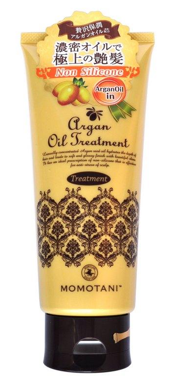 Momotani Бальзам для волос с маслом арганы (без силикона) 200 г707964Бальзам содержит натуральное марокканское масло арганы, которое превосходно удерживает влагу в волосах, обволакивает секущиеся кончики, восстанавливает ломкие и поврежденные волосы. Средство смягчает жесткие волосы и придает им блеск. Активные компоненты: Масло арганы - натуральный продукт для ухода за волосами. Его состав уникален и включает антиоксиданты, антибиотики и витамины А, Е, F, порядка 80 % полезных жирных кислот, которые интенсивно препятствуют старению волос. Масло защищает волосы от негативного воздействия окружающей среды, усиливает рост волос, восстанавливает их структуру, питает, делает волосы сильными, послушными, шелковистыми. Масла Ши и пенника лугового придают волосам гладкость и увлажняют их изнутри. Кератин восстанавливает и укрепляет поврежденные волосы. Массаж кожи головы с помощью бальзама снимает усталость и стресс. Бальзам восстанавливает волосы от корней до самых кончиков и придаёт им блеск. Не содержит силикон. Обладает нежным...