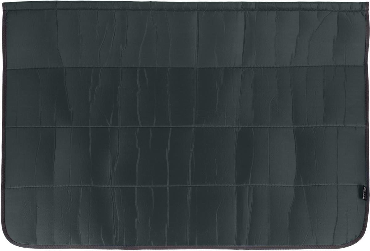 Накидка на бампер Comfort Adress, цвет: темно-серый, 100 х 75 смdaf 013_темно-серыйНакидка на бампер Comfort Adress создана защищать одежду от грязи, а бампер - от царапин. Не испачкать брюки о грязный бампер, комфортно доставать сумки из багажника - желание каждого водителя. А царапины, оставленные на бампере большими чемоданами отпускников - ведь это влияет на стоимость вашего автомобиля. Накидка, выполненная из плотной ткани, крепится к полу багажника на липучке. В сложенном виде она очень компактна и занимает всего 15 см. Легко стирается.