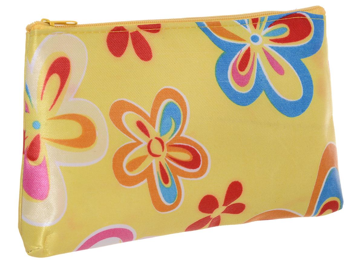 Косметичка женская Mitya Veselkov, цвет: желтый. KOSM4-YELLOWFLOWER2-simKOSM4-YELLOWFLOWER2-simСтильная женская косметичка Mitya Veselkov выполнена из ПВХ. Изделие содержит одно вместительное отделение, которое закрывается на застежку-молнию.