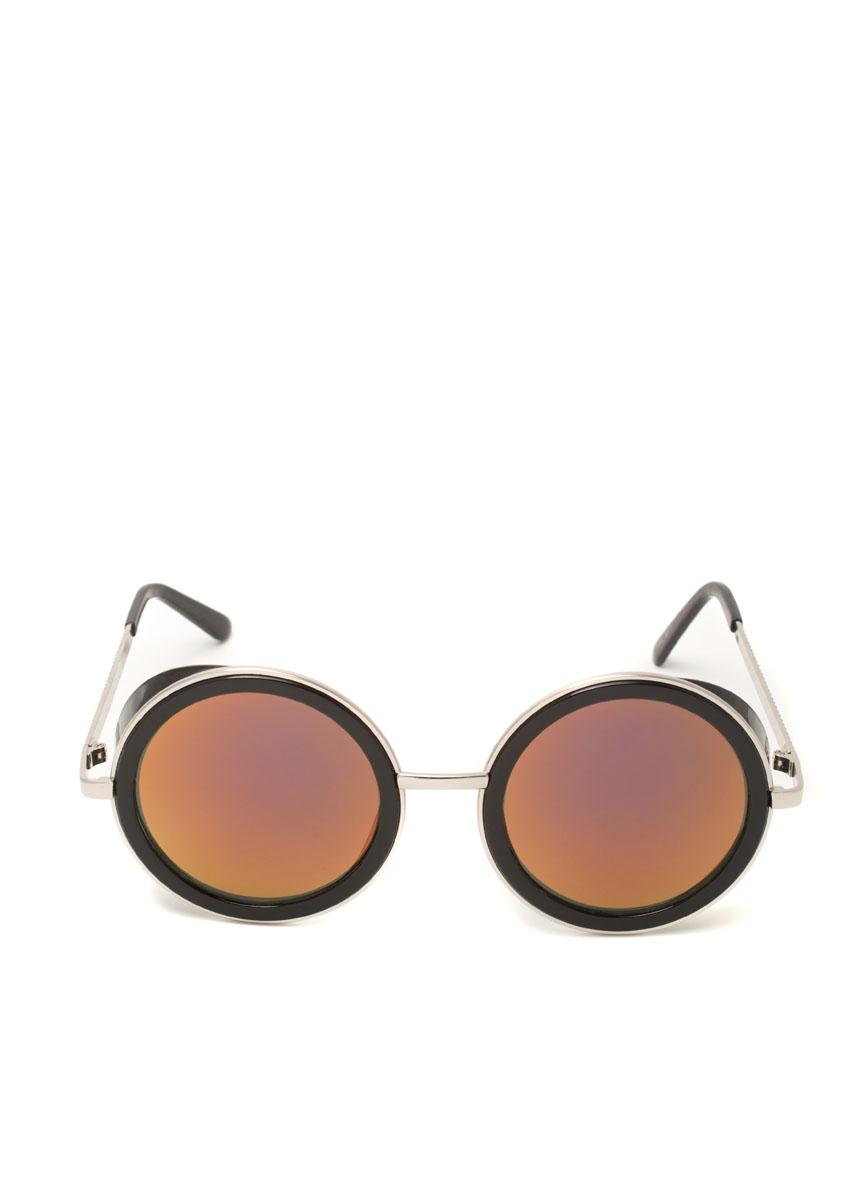 Очки солнцезащитные с поляризацией Mitya Veselkov. OS-11OS-11Солнцезащитные антибликовые очки, станут прекрасным и стильным аксессуаром для вас и защитят от УФ лучей. Они избавят от желания щуриться на солнце и дополнят образ благодаря суперкреативному дизайну.