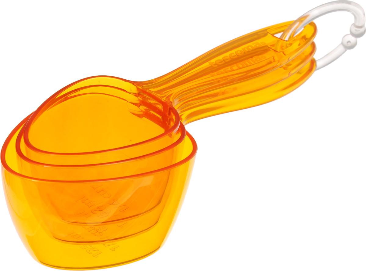 Ложки мерные Tescoma Presto, цвет: оранжевый, 3 шт420734Набор Tescoma Presto состоит из трех мерных ложек разных размеров, изготовленных из ударопрочного пластика. Ложки закреплены на кольце для удобного хранения в подвесном положении. Они прекрасно подходят для точного отмеривания жидкостей и сыпучих продуктов. Можно мыть в посудомоечной машине. Длина ложек: 15 см; 15,5 см; 16,5 см. Объем ложек: 62 мл; 83 мл; 125 мл.
