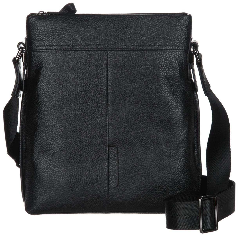 Сумка мужская Piero, цвет: черный. 39МСК_68074_140239МСК_68074_1402П_1Практичная мужская сумка Piero изготовлена из натуральной кожи с зернистой фактурой. Сумка имеет одно вместительное отделение, закрывающееся на молнию. Внутри изделия расположены два накладных кармашка для мелочей и врезной карман на молнии. На задней стороне сумки расположен прорезной карман на магнитной кнопке. Сумка оснащена плечевым ремнем регулируемой длины. В комплекте с изделием поставляется чехол для хранения. Модная сумка идеально подчеркнет ваш неповторимый стиль.