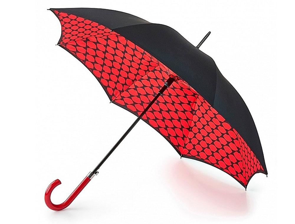 Зонт-трость женский Lulu Guinnes Bloomsbury, полуавтомат, цвет: черный, красный. L723-3182L723-3182 LipsМодный полуавтоматический зонт-трость Lulu Guinnes Bloomsbury даже в ненастную погоду позволит вам оставаться стильной и элегантной. Каркас зонта включает 8 спиц из фибергласса. Стержень изготовлен из стали. Особенностью этого зонта является наличие двойного купола, выполненного из прочного полиэстера. Верхний купол - однотонный; нижний, скрывающий спицы, оформлен красочным цветочным принтом в виде губок. Изделие дополнено удобной пластиковой рукояткой. Зонт оснащен полуавтоматическим механизмом: купол открывается нажатием на кнопку около ручки и закрывается вручную до характерного щелчка. Модель застегивается с помощью хлястика на кнопку. Такой зонт не только надежно защитит вас от дождя, но и станет стильным аксессуаром, который идеально подчеркнет ваш неповторимый образ.