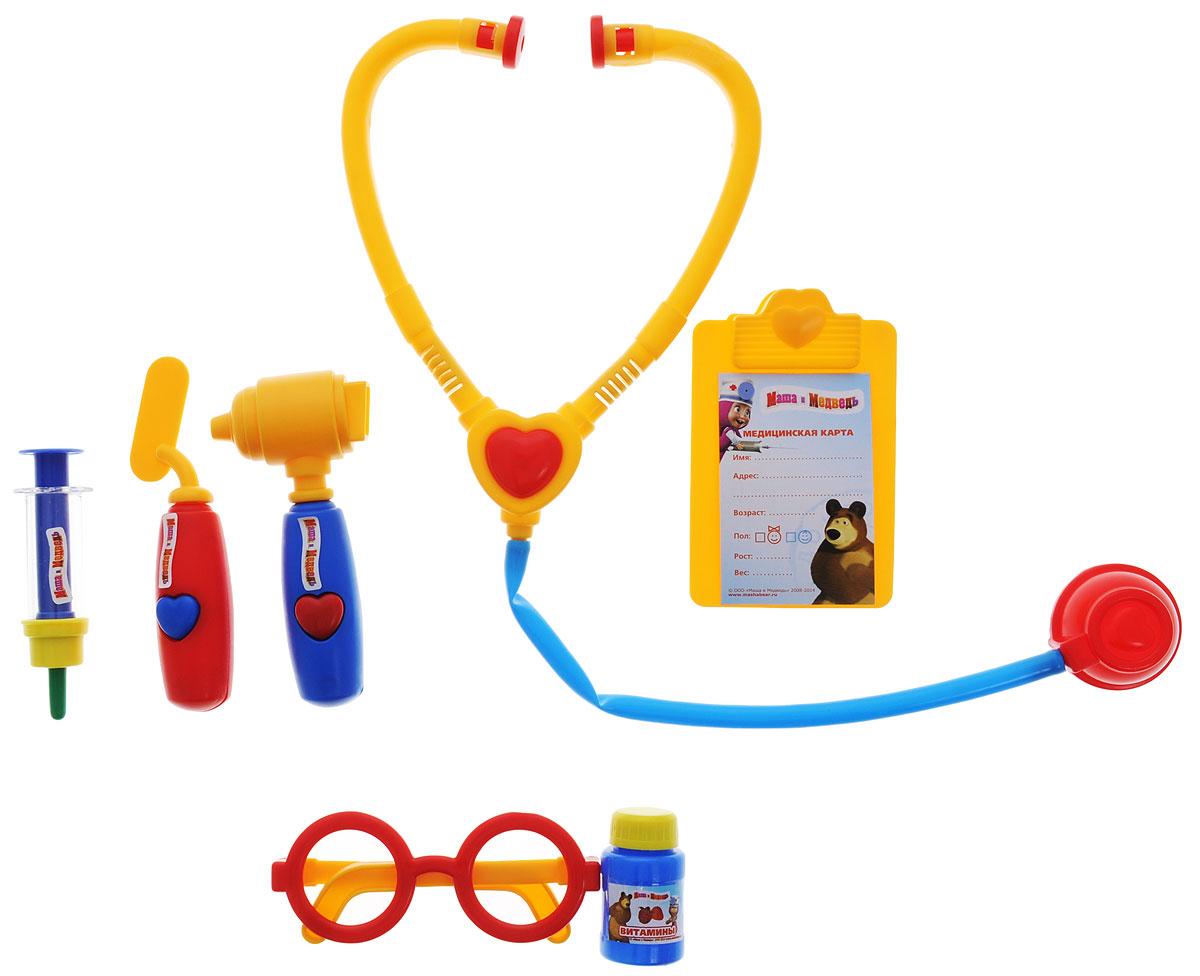 Играем вместе Игровой набор доктора Маша и Медведь 7 предметов1094PSTA-RЕсли плюшевые игрушки и куколки заболели и грустят, ваша малышка сможет им помочь, превратившись в заботливого доктора. Надев очки и взяв в руки стетоскоп, девочка будет выглядеть совсем как врач! Заболевшему мишке она измерит температуру, сделает укольчик и даст витаминку. Игровой набор доктора Играем вместе Маша и Медведь полностью стилизован под известный мультфильм Маша и Медведь. Все элементы набора выполнены из безопасного для ребенка материала. Порадуйте своего ребенка таким замечательным подарком!