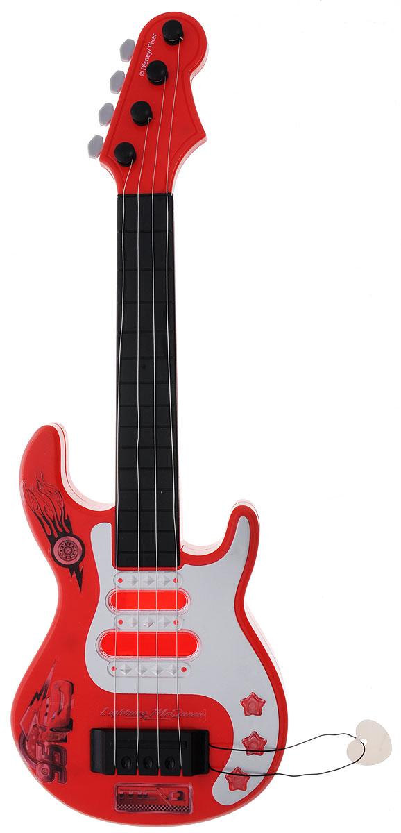 Играем вместе Гитара ТачкиB1103261-RГитара Играем вместе Тачки станет отличным подарком для маленьких музыкантов! Дети оценят ее стильный дизайн. Эта гитара в точности повторяет детали настоящей, она поможет малышам почувствовать себя музыкантом. Гитара имеет 4 струны и медиатор. Украшена гитара героями знаменитого мультфильма Тачки. В процессе игры у малыша развивается музыкальный слух, воображение, он учится различать звуки, ноты и знакомится с миром музыки. Игрушка изготовлена из прочного экологически чистого пластика, безопасна для здоровья ребенка. Необходимо купить 3 батарейки типа АА (не входят в комплект).