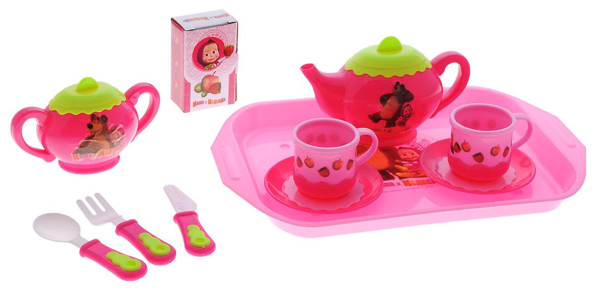 Играем вместе Игровой набор посуды Маша и Медведь 11 предметов цвет розовый салатовыйNF2872-R2Игровой набор посуды Играем вместе Маша и Медведь позволит вашей девочке разыгрывать множество сценок: поход в ресторан, кафе, магазин, воображаемые обеды или ужины в игрушечных семьях. Также ребенок может устраивать посиделки с друзьями и вести светские беседы, подражая родителям. На чайнике и сахарнице изображены главные герои мультсериала Маша и Медведь, что понравится поклонникам непоседливой девочки и доброго медведя. Все элементы набора выполнены из безопасного для ребенка материала. Порадуйте своего ребенка таким замечательным подарком!