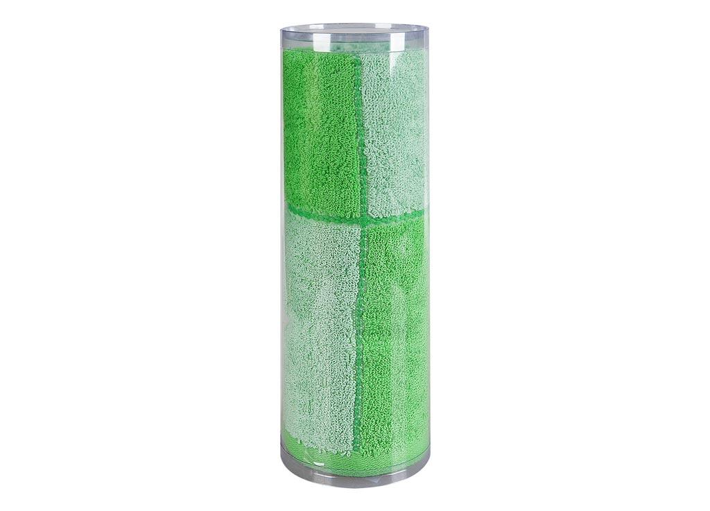 Полотенце махровое Soavita Азия, цвет: зеленый, 45 х 90 см82737Махровое полотно создается из хлопковых нитей, которые, в свою очередь, прядутся из множества хлопковых волокон. Чем длиннее эти волокна, тем прочнее будет нить, и, соответственно, изделие. Длина составляющих хлопковую нить волокон влияет и на фактуру получаемой ткани: чем они длиннее, тем мягче и пушистее получится махровое изделие, тем лучше будет впитывать изделие воду. Хотя на впитывающие качество махры – ее гигроскопичность, не в последнюю очередь влияет состав волокна. Мягкая махровая ткань отлично впитывает влагу и быстро сохнет. Soavita – это популярный бренд домашнего текстиля. Дизайнерская студия этой фирмы находится во Флоренции, Италия. Производство перенесено в Китай, чтобы сделать продукцию более доступной для покупателей. Таким образом, вы имеете возможность покупать продукцию европейского качества совсем не дорого. Домашний текстиль прослужит вам долго: все детали качественно прошиты, ткани очень плотные, рисунок наносится безопасными для здоровья красителями, не...