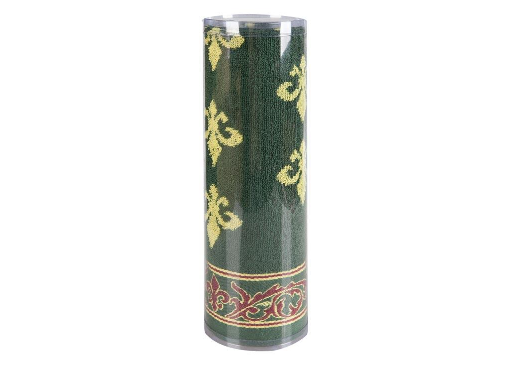 Полотенце махровое Soavita Вензель, цвет: зеленый, 45 х 90 см82739Махровое полотно создается из хлопковых нитей, которые, в свою очередь, прядутся из множества хлопковых волокон. Чем длиннее эти волокна, тем прочнее будет нить, и, соответственно, изделие. Длина составляющих хлопковую нить волокон влияет и на фактуру получаемой ткани: чем они длиннее, тем мягче и пушистее получится махровое изделие, тем лучше будет впитывать изделие воду. Хотя на впитывающие качество махры – ее гигроскопичность, не в последнюю очередь влияет состав волокна. Мягкая махровая ткань отлично впитывает влагу и быстро сохнет. Soavita – это популярный бренд домашнего текстиля. Дизайнерская студия этой фирмы находится во Флоренции, Италия. Производство перенесено в Китай, чтобы сделать продукцию более доступной для покупателей. Таким образом, вы имеете возможность покупать продукцию европейского качества совсем не дорого. Домашний текстиль прослужит вам долго: все детали качественно прошиты, ткани очень плотные, рисунок наносится безопасными для здоровья красителями, не...