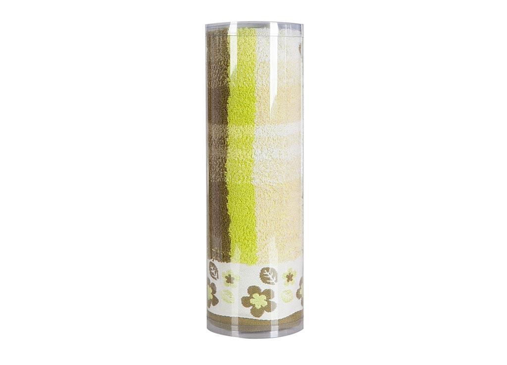 Полотенце махровое Soavita Renata, цвет: зеленый, 48 х 90 см83010Махровое полотно создается из хлопковых нитей, которые, в свою очередь, прядутся из множества хлопковых волокон. Чем длиннее эти волокна, тем прочнее будет нить, и, соответственно, изделие. Длина составляющих хлопковую нить волокон влияет и на фактуру получаемой ткани: чем они длиннее, тем мягче и пушистее получится махровое изделие, тем лучше будет впитывать изделие воду. Хотя на впитывающие качество махры – ее гигроскопичность, не в последнюю очередь влияет состав волокна. Мягкая махровая ткань отлично впитывает влагу и быстро сохнет. Soavita – это популярный бренд домашнего текстиля. Дизайнерская студия этой фирмы находится во Флоренции, Италия. Производство перенесено в Китай, чтобы сделать продукцию более доступной для покупателей. Таким образом, вы имеете возможность покупать продукцию европейского качества совсем не дорого. Домашний текстиль прослужит вам долго: все детали качественно прошиты, ткани очень плотные, рисунок наносится безопасными для здоровья красителями, не...
