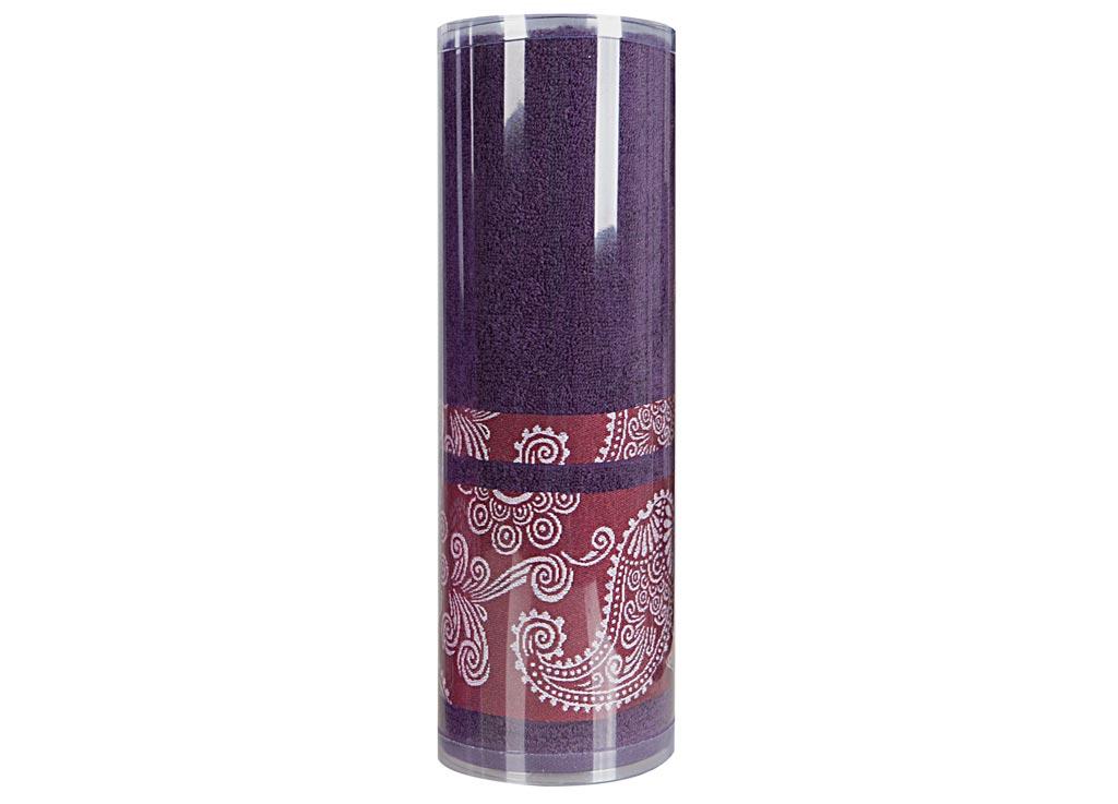 Полотенце махровое Soavita Eo. Cocktail, цвет: синий, 70 х 140 см83083Махровое полотно создается из хлопковых нитей, которые, в свою очередь, прядутся из множества хлопковых волокон. Чем длиннее эти волокна, тем прочнее будет нить, и, соответственно, изделие. Длина составляющих хлопковую нить волокон влияет и на фактуру получаемой ткани: чем они длиннее, тем мягче и пушистее получится махровое изделие, тем лучше будет впитывать изделие воду. Хотя на впитывающие качество махры – ее гигроскопичность, не в последнюю очередь влияет состав волокна. Мягкая махровая ткань отлично впитывает влагу и быстро сохнет. Soavita – это популярный бренд домашнего текстиля. Дизайнерская студия этой фирмы находится во Флоренции, Италия. Производство перенесено в Китай, чтобы сделать продукцию более доступной для покупателей. Таким образом, вы имеете возможность покупать продукцию европейского качества совсем не дорого. Домашний текстиль прослужит вам долго: все детали качественно прошиты, ткани очень плотные, рисунок наносится безопасными для здоровья красителями, не...