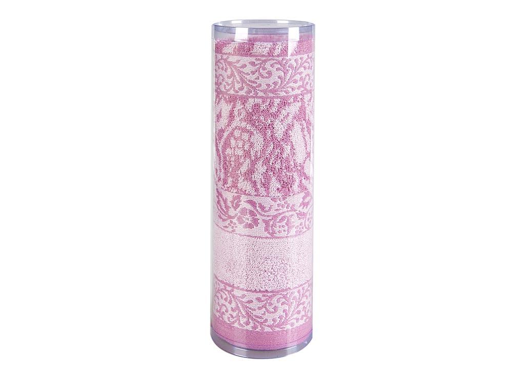 Полотенце махровое Soavita Лаура, цвет: розовый, 50 х 90 см83096Махровое полотно создается из хлопковых нитей, которые, в свою очередь, прядутся из множества хлопковых волокон. Чем длиннее эти волокна, тем прочнее будет нить, и, соответственно, изделие. Длина составляющих хлопковую нить волокон влияет и на фактуру получаемой ткани: чем они длиннее, тем мягче и пушистее получится махровое изделие, тем лучше будет впитывать изделие воду. Хотя на впитывающие качество махры – ее гигроскопичность, не в последнюю очередь влияет состав волокна. Мягкая махровая ткань отлично впитывает влагу и быстро сохнет. Soavita – это популярный бренд домашнего текстиля. Дизайнерская студия этой фирмы находится во Флоренции, Италия. Производство перенесено в Китай, чтобы сделать продукцию более доступной для покупателей. Таким образом, вы имеете возможность покупать продукцию европейского качества совсем не дорого. Домашний текстиль прослужит вам долго: все детали качественно прошиты, ткани очень плотные, рисунок наносится безопасными для здоровья красителями, не...