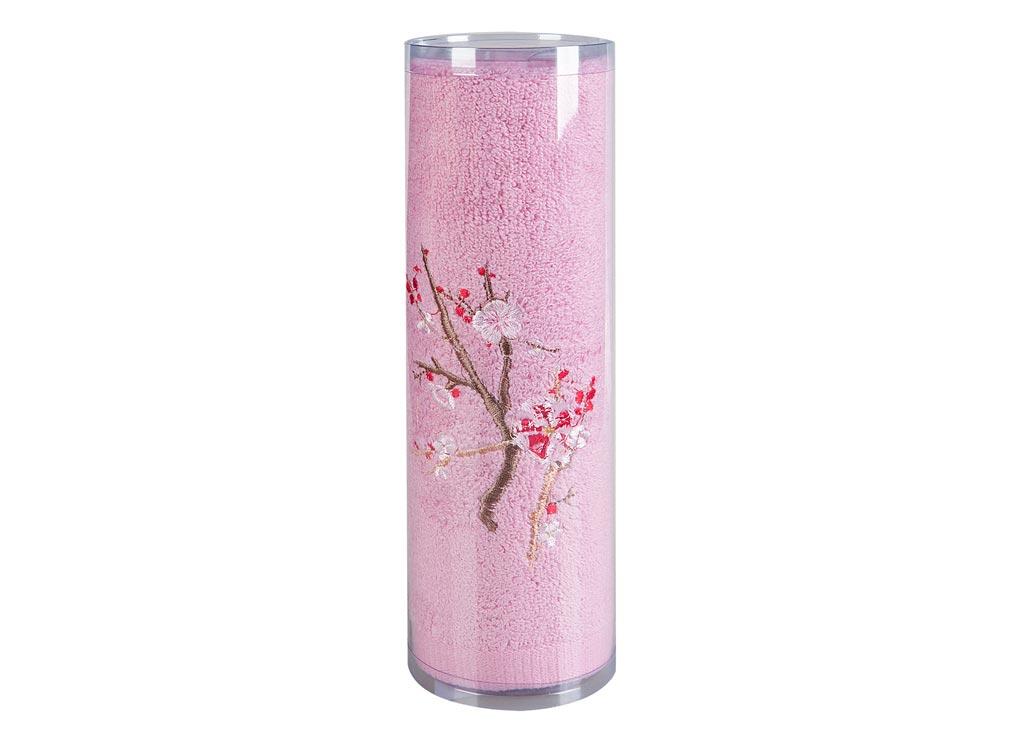 Полотенце Soavita Df. Spring, цвет: розовый, 70 х 140 см83109Махровое полотенце Soavita Df. Spring выполнено из высококачественного, экологически чистого 100% хлопка и украшено изящной цветочной вышивкой. Изделие прочное, мягкое, впитывает влагу и быстро сохнет. Такое полотенце прослужит вам долго: все детали качественно прошиты, ткани очень плотные, рисунок наносится безопасными для здоровья красителями, не линяет и держится много лет.