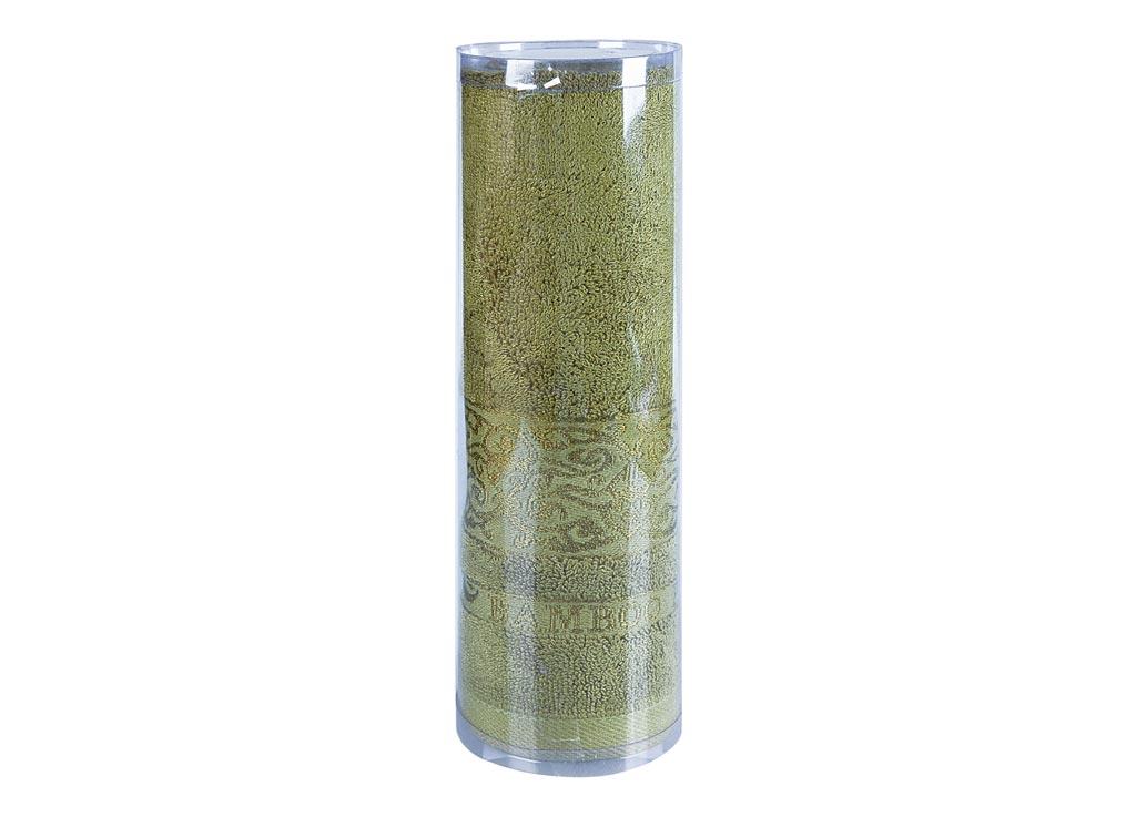 Полотенце махровое Soavita Mario, цвет: зеленый, 50 х 90 см83131Махровое полотно создается из хлопковых нитей, которые, в свою очередь, прядутся из множества хлопковых волокон. Чем длиннее эти волокна, тем прочнее будет нить, и, соответственно, изделие. Длина составляющих хлопковую нить волокон влияет и на фактуру получаемой ткани: чем они длиннее, тем мягче и пушистее получится махровое изделие, тем лучше будет впитывать изделие воду. Хотя на впитывающие качество махры – ее гигроскопичность, не в последнюю очередь влияет состав волокна. Мягкая махровая ткань отлично впитывает влагу и быстро сохнет. Soavita – это популярный бренд домашнего текстиля. Дизайнерская студия этой фирмы находится во Флоренции, Италия. Производство перенесено в Китай, чтобы сделать продукцию более доступной для покупателей. Таким образом, вы имеете возможность покупать продукцию европейского качества совсем не дорого. Домашний текстиль прослужит вам долго: все детали качественно прошиты, ткани очень плотные, рисунок наносится безопасными для здоровья красителями, не...