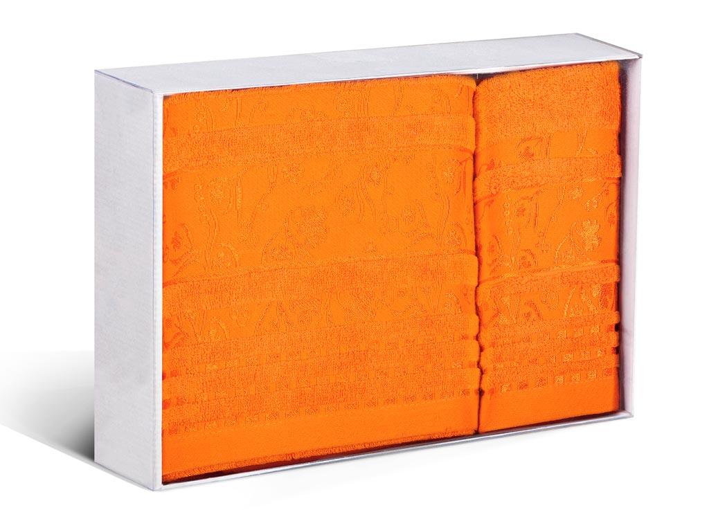 Набор махровых полотенец Soavita Sandra, цвет: оранжевый, 2 шт71216Махровое полотно создается из хлопковых нитей, которые, в свою очередь, прядутся из множества хлопковых волокон. Чем длиннее эти волокна, тем прочнее будет нить, и, соответственно, изделие. Длина составляющих хлопковую нить волокон влияет и на фактуру получаемой ткани: чем они длиннее, тем мягче и пушистее получится махровое изделие, тем лучше будет впитывать изделие воду. Хотя на впитывающие качество махры – ее гигроскопичность, не в последнюю очередь влияет состав волокна. Мягкая махровая ткань отлично впитывает влагу и быстро сохнет.