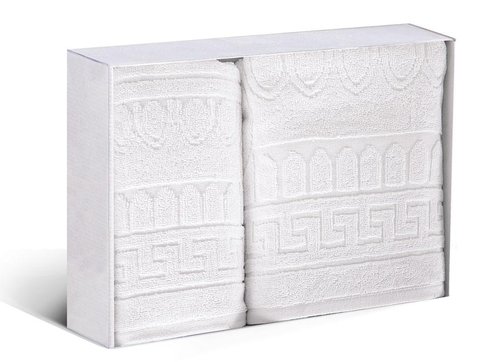 Набор махровых полотенец Soavita Капитель, цвет: белый, 2 шт77706Махровое полотно создается из хлопковых нитей, которые, в свою очередь, прядутся из множества хлопковых волокон. Чем длиннее эти волокна, тем прочнее будет нить, и, соответственно, изделие. Длина составляющих хлопковую нить волокон влияет и на фактуру получаемой ткани: чем они длиннее, тем мягче и пушистее получится махровое изделие, тем лучше будет впитывать изделие воду. Хотя на впитывающие качество махры – ее гигроскопичность, не в последнюю очередь влияет состав волокна. Мягкая махровая ткань отлично впитывает влагу и быстро сохнет.