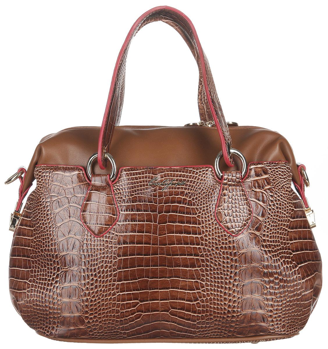 Сумка женская Calipso, цвет: коричневый. 448-021286-231448-021286-231Стильная женская сумка Calipso выполнена из искусственной кожи. Модель оформлена тиснением под крокодила, перфорированными вставками и символикой бренда. Изделие состоит из одного основного отделения, закрывающегося на пластиковую застежку-молнию. Внутри карман-средник на молнии, два нашивных кармана для мелочей и врезной карман на молнии, а также предусмотрен ремешок с кольцом для ключей. Снаружи по обеим сторонам сумки расположены прорезные карманы, каждый из которых закрывается на магнитную кнопку. Верхние боковые углы сумки фиксируются на замки-защелки. Дно сумки дополнено металлическими ножками, что предотвращает повреждение изделия. Сумка оснащена двумя удобными ручками с металлическими кольцами у основания и съемным плечевым ремнем, регулируемой длины. Прилагается фирменный текстильный чехол для хранения. Сумка - это стильный аксессуар, который сделает ваш образ изысканным и завершенным. Классические формы и оригинальное оформление сумки Calipso...