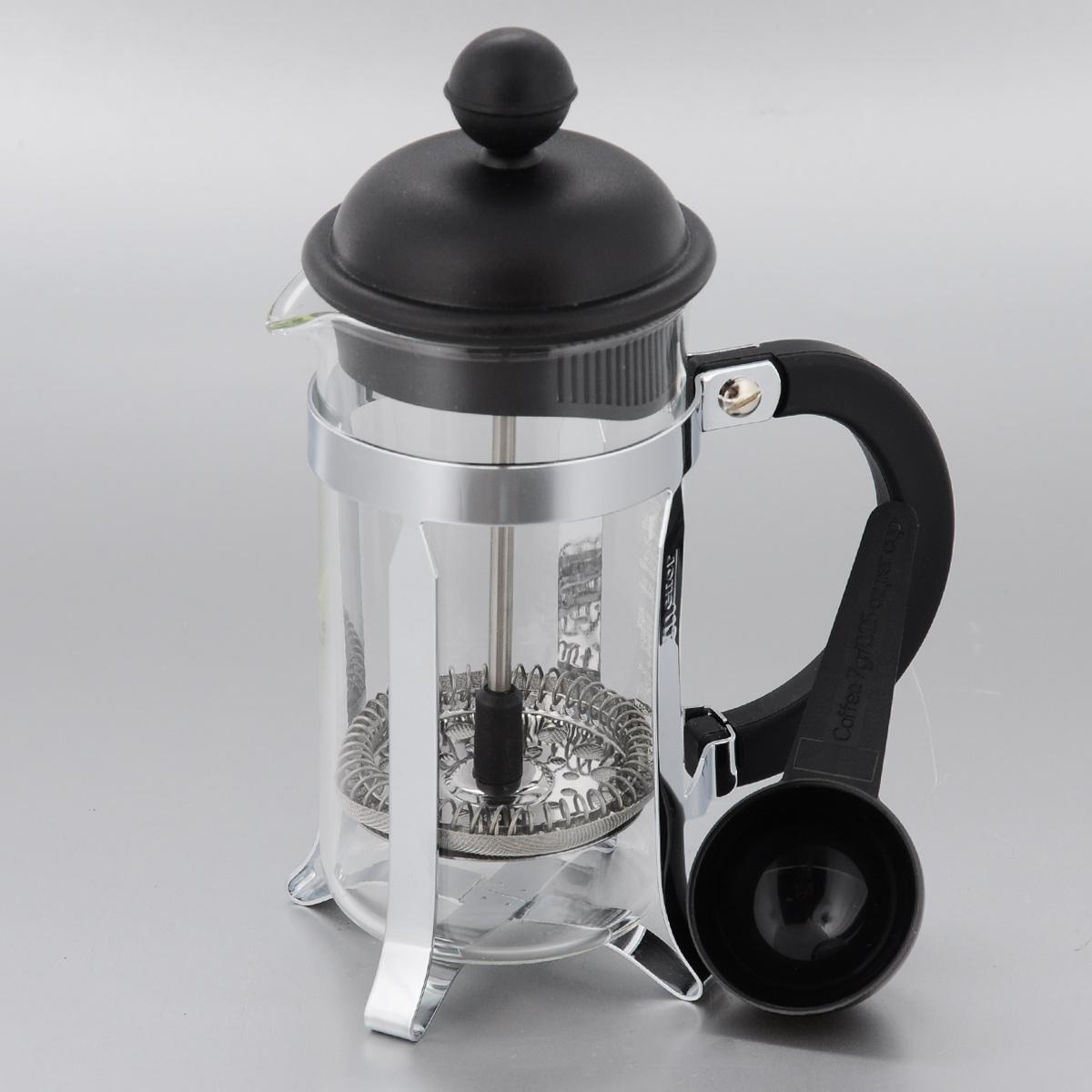 Френч-пресс Melior, с мерной ложкой, 350 млM1913-01Френч-пресс Melior позволит быстро и просто приготовить свежий и ароматный кофе или чай. Цветовая гамма подойдет даже для самого яркого интерьера. Френч-пресс изготовлен из высокотехнологичных материалов на современном оборудовании: - корпус изготовлен из высококачественного жаропрочного стекла, устойчивого к окрашиванию и царапинам; - фильтр-поршень из нержавеющей стали выполнен по технологии Press-Up для обеспечения равномерной циркуляции воды; - подставка из высококачественного силикона препятствует скольжению френч-пресса. Практичный и стильный дизайн френч-пресса Melior полностью соответствует последним модным тенденциям в создании предметов бытового назначения. В комплект входит мерная ложка. Можно мыть в посудомоечной машине. Диаметр по верхнему краю: 7 см. Высота (с учетом крышки): 18,5 см. Длина ложки: 10 см. Диаметр рабочей части: 4 см.