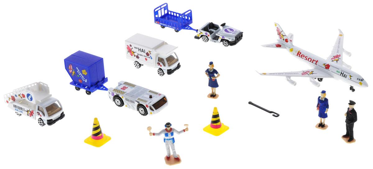 Pro-Engine Игровой набор АэропортPT2028Игровой набор Pro-Engine Аэропорт понравится любому мальчику. В набор входит самолет, трап, тягач, грузовик, джип, 2 тележки, 2 дорожных конуса, ящик, 4 фигурки. С таким набором малыш сможет построить целый аэропорт, придумывая различные истории и ситуации.