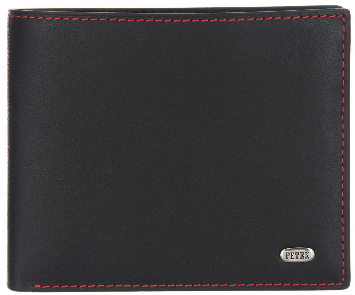 Портмоне мужское Petek 1855, цвет: черный. 179.000.RD1179.000.RD1 BlackСтильное мужское портмоне Petek 1855 выполнено из натуральной кожи. Лицевая сторона оформлена металлической пластиной с гравировкой в виде названия бренда. Изделие раскладывается пополам. Портмоне содержит два отделения для купюр, сетчатый карман, два потайных кармана, шесть кармашков для визиток и пластиковых карт и карман с сетчатым окошечком. Портмоне упаковано в фирменную коробку. Такое портмоне станет отличным подарком для человека, ценящего качественные и стильные вещи.