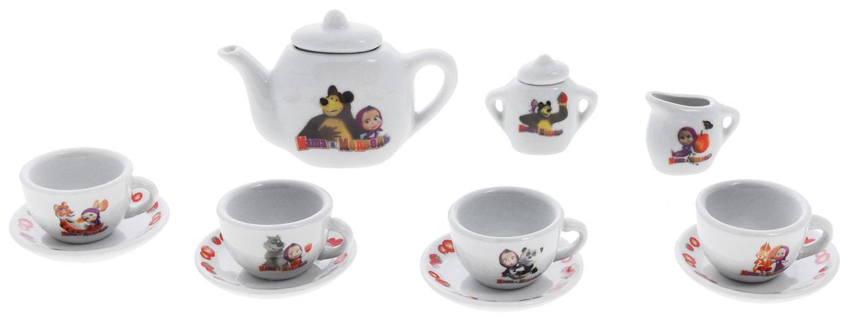 Играем вместе Игровой набор посуды Маша и Медведь 11 предметов цвет белыйCH0034-RИгровой набор посуды Играем вместе Маша и Медведь - отличный подарок для вашей маленькой хозяюшки, которой так хочется быть самостоятельной! Набор посуды поможет вашей малышке научиться накрывать на стол. В комплекте чайный набор из 11 предметов: чайника, четырех чашек, четырех блюдец, сахарницы и молочника. Элементы набора изготовлены из керамики, оформлены изображением героев мультфильма Маша и Медведь. С таким набором ваша маленькая хозяйка сможет угостить чаем все свои игрушки!