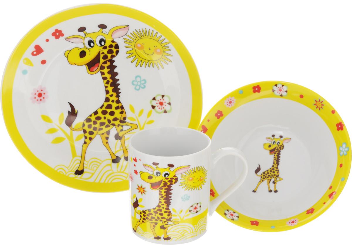 Набор детской посуды Patricia Жираф, 3 предметаIM57-0001/2Набор детской посуды Patricia Жираф, выполненный из высококачественного фарфора, состоит из кружки, обеденной тарелки и глубокой тарелки. Материалы изделий нетоксичны и безопасны для детского здоровья. Изделия оформлены изображением жирафа. Детская посуда удобна и увлекательна, она не оставит равнодушным вашего малыша. Привычная еда станет более вкусной и приятной, если процесс кормления сопровождать игрой и сказками. Красочная посуда является залогом хорошего настроения и аппетита ваших детей, а также станет желанным подарком. Можно использовать в микроволновой печи и мыть в посудомоечной машине. Диаметр обеденной тарелки: 19 см. Высота обеденной тарелки: 1,7 см. Диаметр глубокой тарелки: 15 см. Высота глубокой тарелки: 5 см. Объем кружки: 240 мл. Диаметр кружки (по верхнему краю): 7,5 см. Высота кружки: 8,5 см.