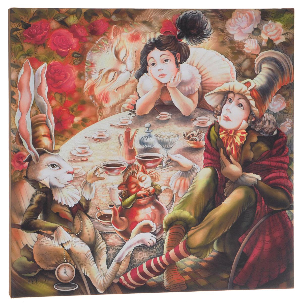 КвикДекор Картина детская АлисаAP-00785-00001-Cn4040Картина КвикДекор Алиса художника Надежды Соколовой дополнит обстановку интерьера яркими красками и необычным оформлением. Изделие представляет собой картину с латексной печатью на натуральном хлопчатобумажном холсте. Галерейная натяжка на деревянный подрамник выполнена очень аккуратно, а боковые части картины запечатаны тоновой заливкой. Обратная сторона подрамника содержит отверстие, благодаря которому картину можно легко закрепить на стене и подкорректировать ее положение. Художник картины Надежда Соколова родилась в 1973 году в городе Дрездене. В 1986-90 годах училась в Художественной школе города Новгорода. В 1995 году окончила с отличием рекламное отделение Новгородского училища культуры. В 2000 году защитила диплом на факультете Искусств и Технологий НовГУ имени Ярослава Мудрого. Выставляется с 1996 года. Работает в техниках: живопись, графика, батик, лаковая миниатюра, авторская кукла. Является автором оригинального стиля в миниатюре. Картина Алиса - это...