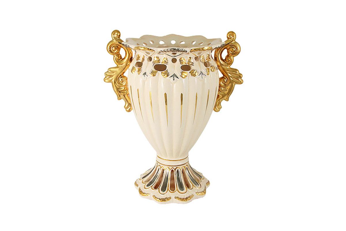 Ваза декоративная Babyzon Dynasty Ажур, малаяBD3064-XH-ALКомпания Babyzon Dynasty основана в 2007 году в Китае. В ассортименте компании представлены предметы украшения интерьера из керамики. Декоративные вазы, блюда, тарелки, подсвечники, настольные часы выполнены в стиле ампир и барокко и напоминают пышное убранство дворцов французских королей 18 века. Практически за 10 лет существования, компания успела наработать серьезный производственный опыт и создать коллекции, отличающиеся прекрасным качеством и приемлемой ценой. Состав:керамика.Обязательной сертификации не подлежит.Протирать сухой/влажной салфеткой.