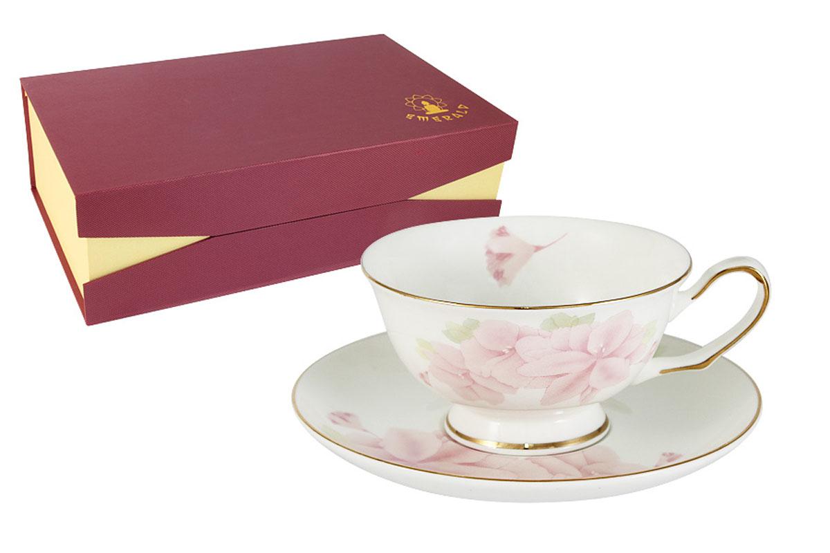 Набор Emerald Розовые цветы, 12 предметов: 6 чашек + 6 блюдецE5-HV004011/12-ALБлагодаря высокому качеству исполнения, разнообразным декорам и оптимальному соотношению цена – качество, посуда Emerald завоевала огромную популярность у покупателей и пользуется неизменно высоким спросом. Поверхность изделий покрыта превосходной сверкающей глазурью, не содержащей свинца. Состав: фарфор костяной. Можно использовать в СВЧ. Не использовать в посудомоечной машине. Мыть с применением жидких моющих средств.