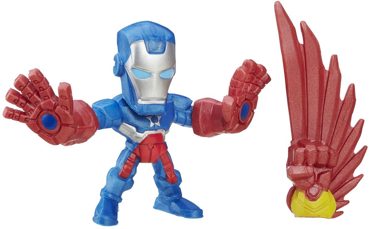 Hero Mashers Фигурка Iron PatriotB6431EU4_B6691_Iron PatriotСборная фигурка Hero Mashers Iron Patriot станет отличным подарком всем поклонникам комиксов. В комплекте с фигуркой идет дополнительная рука с крылом. Даже самые сильные супергерои иногда нуждаются в дополнительной руке или ноге. Сделать это теперь возможно с новой линией фигурок Super Hero Mashers Micro. Несмотря на микроразмер, фигурки супергероев выглядят мощными, особенно с использованием сменных рук, ног и аксессуаров. Каждая фигурка включает в себя 3 точки для сменных элементов, что позволяет детям поменять супергерою голову и руки на те, которые они захотят! Универсальные разъемы позволяют использовать детали с любой другой фигурки героя Mashers, предоставляя свободу для создания нового супергероя! Дополнительно можно прикрепить боевое снаряжение и принадлежности для еще большей мощи!
