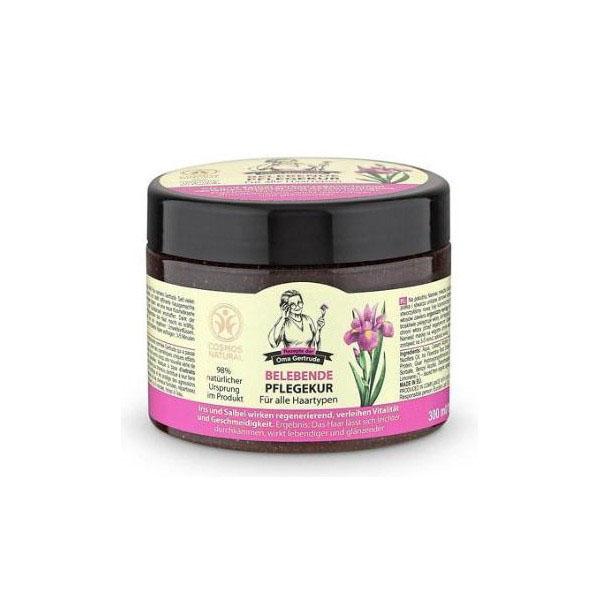 Рецепты бабушки Гертруды Маска для волос блеск и сила, 300 мл074-4985В состав маски входят природные компоненты, благодаря чему она бережно ухаживает за волосами, помогая вернуть им силу и блеск. Облегчает процесс расчесывания и защищает волосы от негативного воздействия. Органический экстракт ириса содержит витамины и жирные кислоты, которые интенсивно питают и способствуют укреплению волос. Органический экстракт шалфея содержит эфирные масла, дубильные вещества и фитоциды, он оказывает успокаивающее и антисептическое действия на кожу головы и корни волос, делая их более мягкими и блестящими. Особенности состава: 98% ингредиентов натурального происхождения Результат: волосы легче расчесываются, становятся более упругими и блестящими.