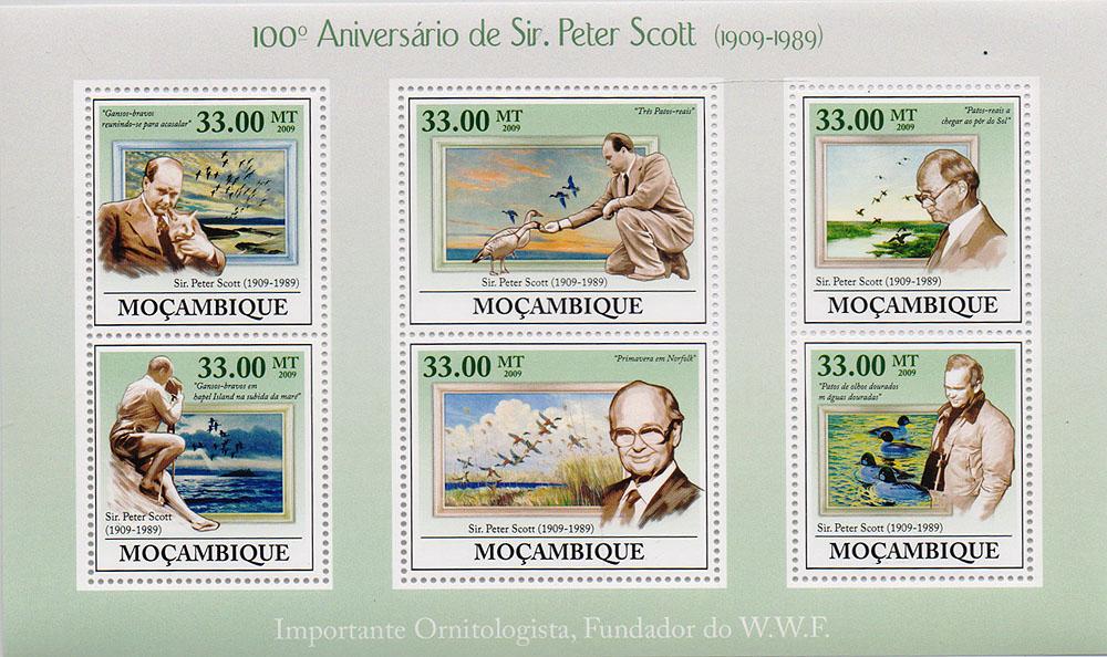 Малый лист Питер Скотт. 100 лет со дня рождения. Мозамбик. 2009 год791504Малый лист Питер Скотт. 100 лет со дня рождения. Мозамбик. 2009 год. Размер блока: 17.6 х 10.3 см. Размер марок: 5 х 4 см, 3.7 х 4 см. Сохранность хорошая.