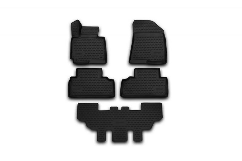 Набор автомобильных ковриков Novline-Autofamily для Nissan Patrol 2010-, в салон, 5 штCARNIS00039Набор автомобильных ковриков Novline-Autofamily, изготовленный из полиуретана, состоит из 5 ковриков, которые учитывают все особенности каждой модели автомобиля и полностью повторяют контуры пола. Полиуретановые автомобильные коврики для салона произведены из высококачественного материала, который держит форму, прочный и не пачкает обувь. Коврики в салон не только улучшат внешний вид салона вашего автомобиля, но и надежно уберегут его от пыли, грязи и сырости, а значит, защитят кузов от коррозии. Полиуретановые коврики для автомобиля гладкие, приятные и не пропускают влагу. Ковры для автомобилей надежно крепятся на полу и не скользят, что очень важно во время движения. Чистятся коврики очень просто: как при помощи автомобильного пылесоса, так и различными моющими средствами. Набор подходит для Nissan Patrol с 2010 года выпуска.
