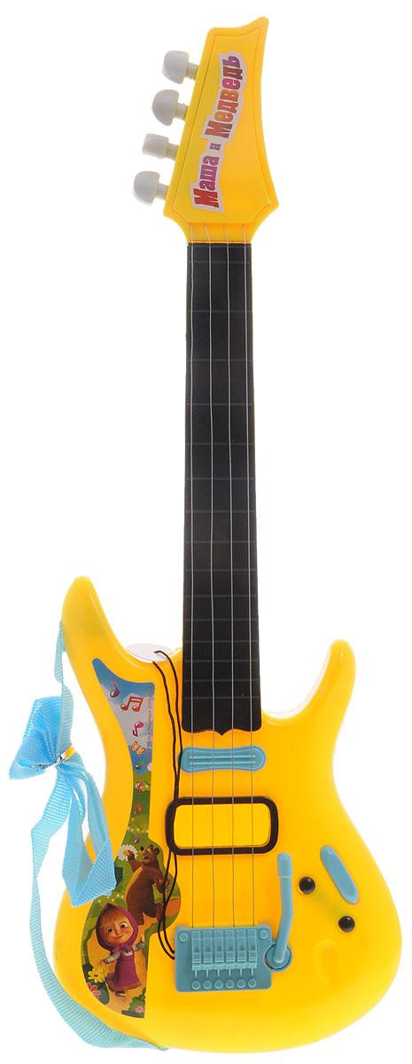 Играем вместе Гитара Маша и Медведь цвет желтыйJ092-H29085-R2_желтыйГитара Играем вместе Маша и Медведь понравится вашему ребенку и не позволит ему скучать. Она выполнена из прочного материала с 4 металлическими струнами. Данное изделие сможет стать первым музыкальным инструментом юного композитора или рок-певца. Игрушка снабжена текстильным ремнем. Гитара Играем вместе Маша и Медведь поможет ребенку развить звуковое восприятие, музыкальный слух, мелкую моторику рук и координацию движений. С такой игрушкой ваш ребенок порадует вас замечательным концертом!